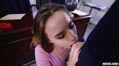 написала вам изменяет под носом у мужа порно почему вам сделать